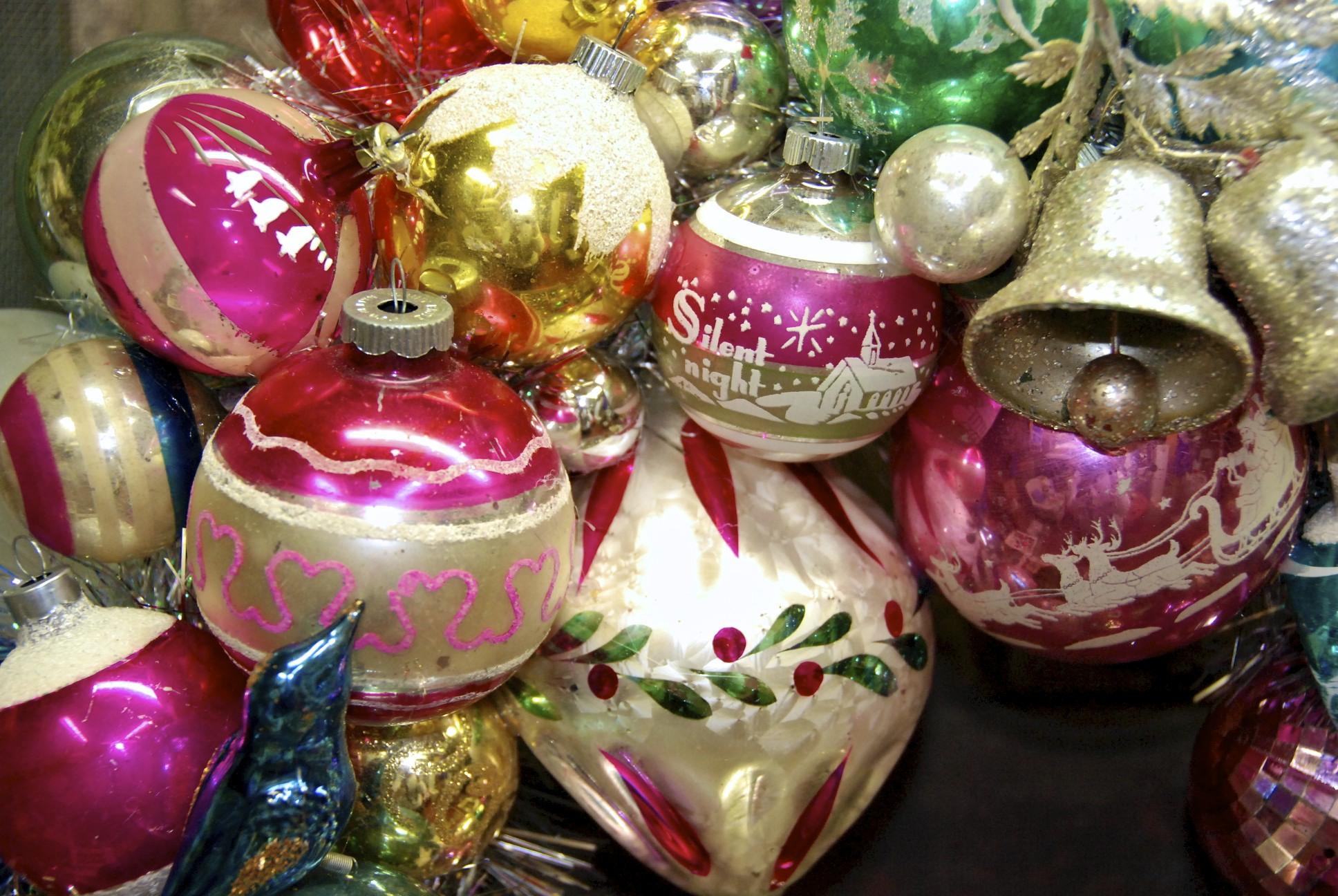 vintage christmas ornaments - Vintage Christmas Ornaments