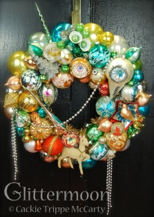 %22A Posh Christmas%22 Wreath ©Glittermoon Productions LLC