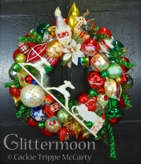 Nanny's Wreath ©Glittermoon Productions LLC