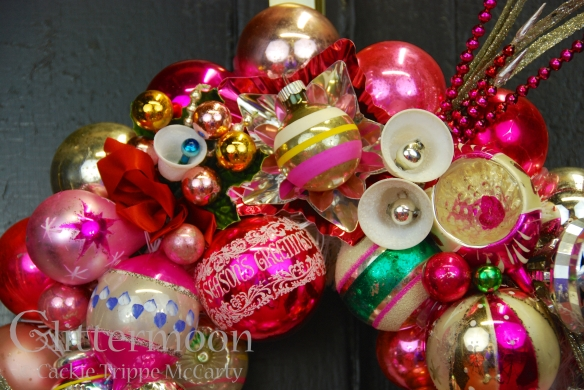 Detail of LITTLE PINKY WREATH © GLITTERMOON PRODUCTIONS LLC 2