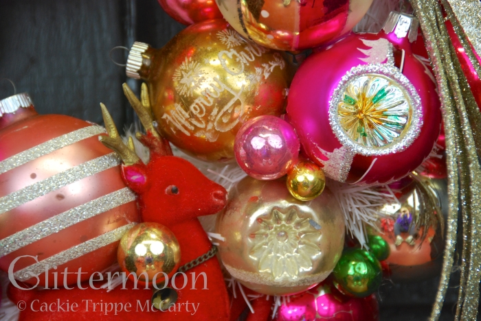 Detail of LITTLE PINKY WREATH © GLITTERMOON PRODUCTIONS LLC 6
