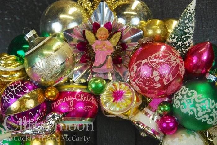 Detail of Angels Watch Wreath ©Glittermoon Productions LLC 2