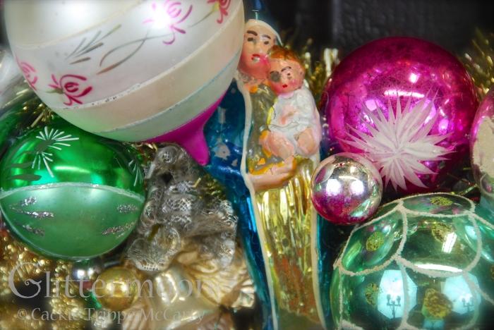 Detail of Angels Watch Wreath ©Glittermoon Productions LLC 4