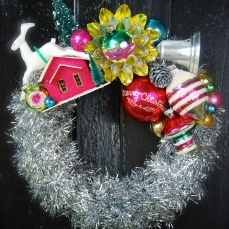 A tiny little wreath just for fun $65 ** SOLD **
