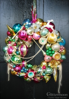 """PEARLY QUEEN Pearls adorn this lovely homage to the Christmas season. Filled with lots of marvelous ornies. 20"""" $275 ** SOLD **"""