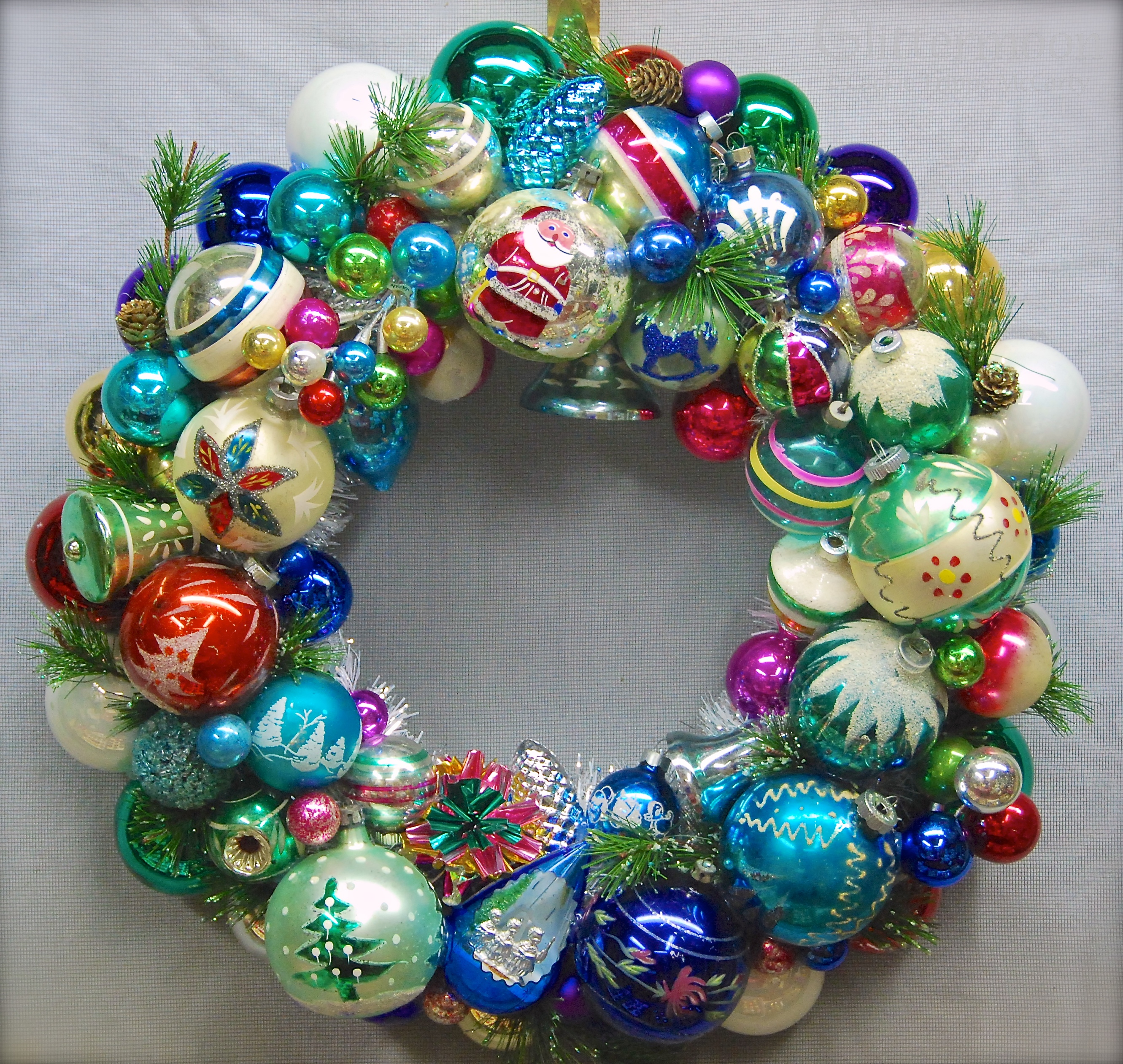 A Joy-Full Wreath (Part 1) – Glittermoon Vintage Christmas