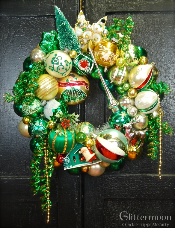 The Emerald Isle Wreath © Glittermoon Productions LLC 2012