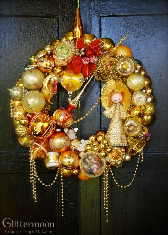 """ITALIAN GOLD. Rich golds befitting an Italian cast, with an Italian angel from the 1970's as the star. 20"""" diameter $275 *SOLD*"""