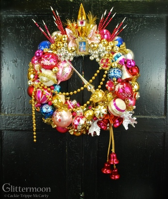 Let Them Eat Cake wreath starring Polka Spot (the llama). Made especially for the Beekman 1802 Holiday website. $460 *SOLD*