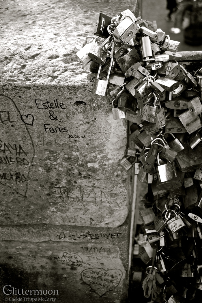 Locks of love - Paris