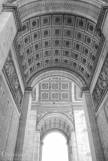 Dans L'Arc. Inside the glorious Arc de Triomphe, Paris