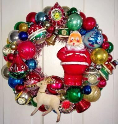 Wreath currently offered on Ebay - not made by me