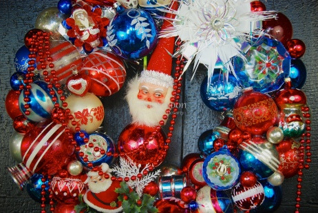 Detail of Patriotic Parade Wreath (4)